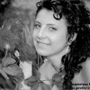 † Елена Аурсулесей (10.04.1995 - 22.09.2013)