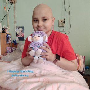 Сашенька бореться з раком вже 12 років і нарешті може назавжди побороти хворобу. Для цього потрібно зібрати ще 186 585 грн на новий препарат