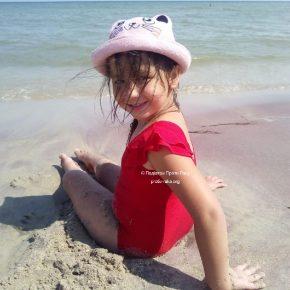 Маленька Ліза лише розпочала боротись проти раку і їй дуже потрібна підтримка небайдужих